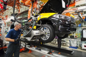BMW Manufacturing's F15 in body and assembly on July 29, 2013 at BMW Manufacturing Co. in Greer, S.C. Image: BMW