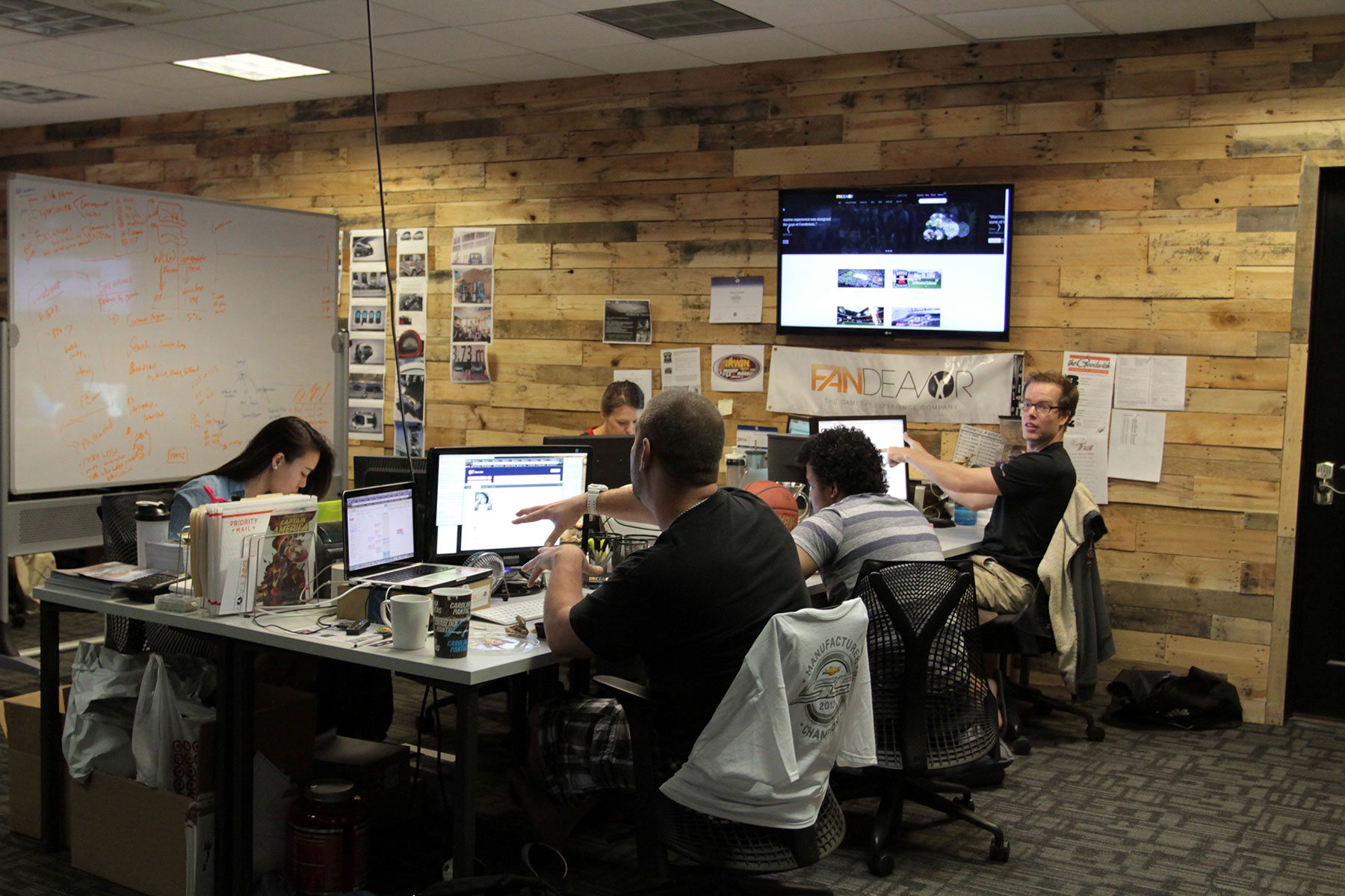 CoWorking Spaces Invigorate Downtowns – Cool Work Spaces