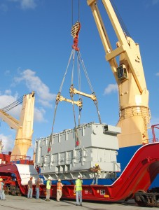 Port of Palm Beach, Florida, import of transformer for Florida Power & Light. Photo: Port of Palm Beach